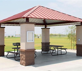 UltraSite Square Shelter